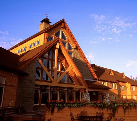 Talkeetna Alaskan Lodge Exterior Sunset